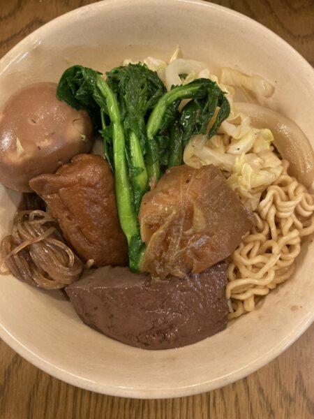 鴨血入り麺