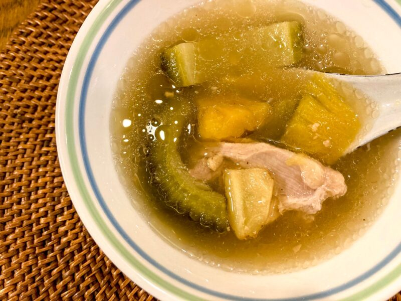 台湾パイナップルゴーヤースープ